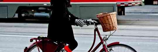 Thousands of Bicyclists Snub Toronto's New Mayor